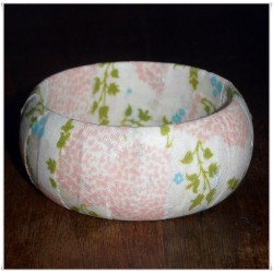 Floral Fabric | Cream Painted Bangle