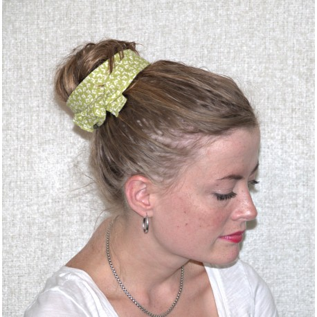 Green with White Floral Wired Headband